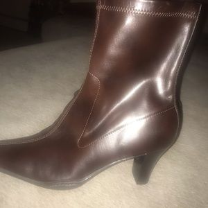 Naturalizer Shoes - WOMENS NATURALIZER SIZE 9M DARK BROWN BOOTS